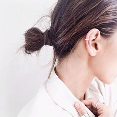 Feeling a bit nostalgic for the ear cuff I wore while in graduate school finishing my Ph.D. in clinical psych. Looks great as pictured: delicate sparkly cuff, hair pulled back.