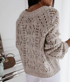 Photo by SvetLana on March Brak dostępnego opisu zdjęcia. Cozy Sweaters, Sweaters For Women, Knit Fashion, Knitting Stitches, Crochet Yarn, Knitting Projects, Knitwear, Knitting Patterns, Winter Outfits