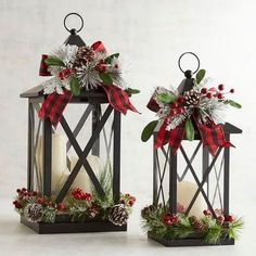 18 Last Minute Rustic Christmas decorations you must have seen - SherryAnd Keith Morgan - Deko weihnachten - Natal Christmas Candle Decorations, Christmas Candles, Noel Christmas, Outdoor Christmas, Christmas Projects, Christmas Wreaths, Christmas Ornaments, Advent Wreaths, Christmas Porch