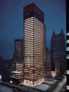 Seagram Building / Ludwig Mies Van Der Rohe with Philipp Johnson New York, USA, 1958