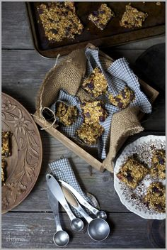 Thyme: Road Trip Food...Dark Chocolate and Dried Cranberry Granola Bars