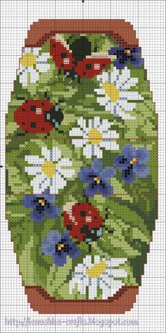 """Ladybird. Gallery.ru / Сумочка-игольница """"Божьи коровки"""" - Схемы. Сумочки - игольницы - Lenu"""