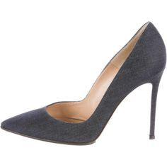 Pre-owned Gianvito Rossi Denim Pointed-Toe Pumps ($375) ❤ liked on Polyvore featuring shoes, pumps, gianvito rossi pumps, pointed toe pumps, gianvito rossi, navy shoes and navy pumps