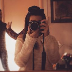 Mirror photography amsterdam journey friends
