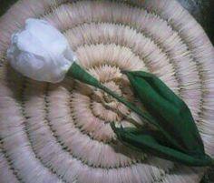 Tulipán krepp-papírból