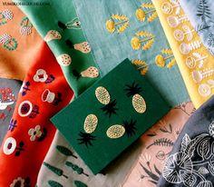 NEWS!!   作品展示のお知らせです。   いつもお世話になっているリネンバードさんにて、  『1色刺繍』『2色刺繍』の作品展示を行います。  二子玉川店では、少数ですが今回のために作ったガマ口ネックレスも置かせていただきます。  本誌で使っているリネン布地のカットクロスセットもありますよ。  素敵な店内に美しい布地たち。  とても楽しみです!  どうぞ宜しくお願い致します^^   二子玉川店