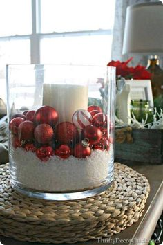 Thrifty Decor Chick: Christmas Home Tour! Christmas 2014, All Things Christmas, Winter Christmas, Minimal Christmas, Christmas Candle, Christmas Christmas, Christmas Centerpieces, Xmas Decorations, Christmas Tablescapes