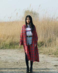 Check out GFriend @ Iomoio Sinb Gfriend, Gfriend Sowon, Kpop Fashion, Korean Fashion, South Korean Girls, Korean Girl Groups, Girl Group Pictures, Rain Wallpapers, Jung Eun Bi