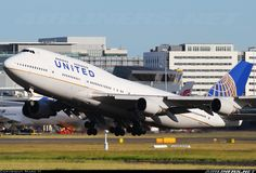 United Airlines N180UA Boeing 747-422 aircraft picture