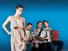 beautiful portuguese music - os azeitonas - anda comigo ver os aviões