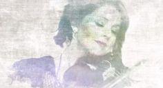 [EAST MEETS WEST] Lindsey Stirling covers Senbonzakura - http://www.afachan.asia/2015/01/east-meets-west-lindsey-stirling-covers-senbonzakura/