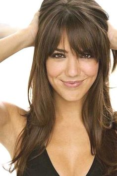 long hairstyles with bangs for long faces - http://www.gohairstyles.net/long-hairstyles-with-bangs-for-long-faces-2/
