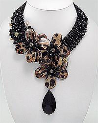 [Crystal Beads with Dyed Mother Of Pearl Necklace] - Product Type: Necklace Product Design: Flower Metal: Zinc Beaded With: Mother of Pearl (Dyed Brown), Crystal Glass, Glass