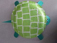 paper plate tortoise. adapt to not have decoupage instead texture rolled paint