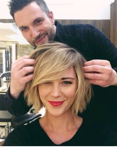 Check out this 15 Beloved Short Haircuts for Women with Round Faces: . Short Hair Style Round Face The post 15 Beloved Short Haircuts for Women with Round Faces: Short Hair Style Round… appeared first on Hairstyles 2019 . Side Bangs Hairstyles, Hairstyles For Round Faces, Pretty Hairstyles, Pixie Hairstyles, Hairstyle Short, Hairstyle Ideas, Hairstyles Haircuts, Short Hair Cuts For Women With Round Faces, Bob Haircuts