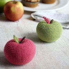 """Real size big apple amigurumi pattern, in size of 3"""" diameter. You may use bulkier or finer yarn to create the apple in various sizes."""