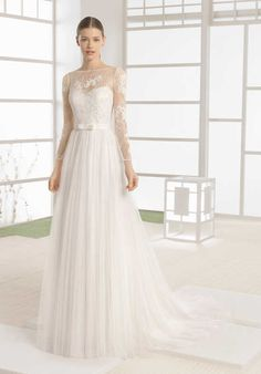 Soft by Rosa Clará Welter Wedding Dress photo