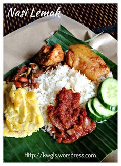 30 must eat dishes in Singapore - best Singapore food list Rice Recipes, Indian Food Recipes, Asian Recipes, Cooking Recipes, Healthy Recipes, Ethnic Recipes, Asian Desserts, Healthy Food, Malaysian Cuisine