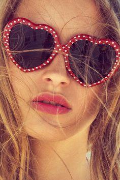 Retro Polka-dot Heart Shaped Sunglasses