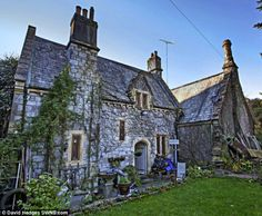 Dead gothic: All mod cons, and no trouble from the neighbours ...