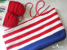 Crochet Patriotic Tote Bag | Repeat Crafter Me | Bloglovin'