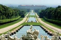 Royal Palace of Caserta, Italy- Probably my favorite thing in Italy!! So wonderful!!