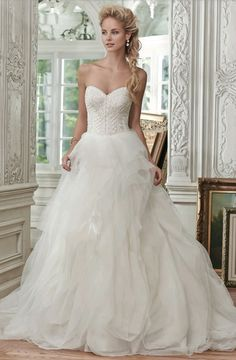 Best Wedding Gown For 12 Zodiac Signs - fun zodiac signs fact