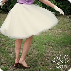 Tulle skirt tutorial as part of a vintage inspired look including a velvet blazer and embellished t-shirt.