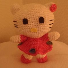 #amigurumis #amigurumi #handmade #by #followme #crocheting #crochet #uncinetto #hellokitty #cat by simona.aramini