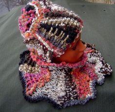 """Всем любителям фриформа привет!  Решила показать несколько своих фриформенных работ.  Комплекты из шапки и шарфика.  Коллекция """"Стихии""""  Серия """"Извержение вулкана"""""""