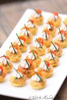 Aperitif with nuts - Clean Eating Snacks Seafood Appetizers, Yummy Appetizers, Appetizers For Party, Cocktail Party Food, Cocktail Recipes, Brunch Recipes, Tapas, Cheese Party, Cheese Bites