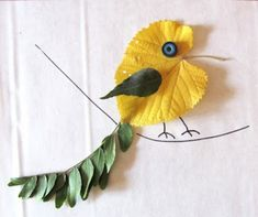Autumn has come, and this is good time to prepare natural material for kids' crafts. Fallen tree leaves are one of the most popular autumn craft materials. Fall Arts And Crafts, Autumn Crafts, Fall Crafts For Kids, Autumn Art, Nature Crafts, Art For Kids, Leaf Crafts Kids, Recycled Crafts Kids, Preschool Crafts