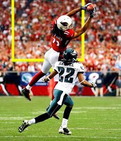 Larry Fitzgerald. There's a reason he's my favorite wide receiver :)