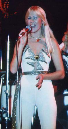 Agnetha the 1977 tour.