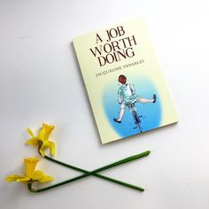 A job worth doing is getting us in the mood for spring! #yellow #amreading #BookLovers #bibliophile #bookaddict #books #bookshelf…