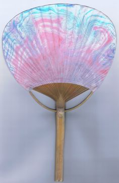 Blue Pink marbled fan by Sharon Giles The fan was put directly into the ink floating on water. The effect is lighter than that achieved on plain rice paper since the fan paper had a light coating. Floating In Water, Rice Paper, Lighter, Marble, Fan, Artists, Blue, Painting, Painting Art