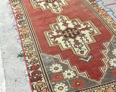 HAND MADE ORİENTAL VİNTAGE OUSHAK KİLİMS AND RUGS by ETHNICARTSHOP Bohemian Rug, Oriental, Rugs, Handmade, Stuff To Buy, Etsy, Vintage, Collection, Home Decor