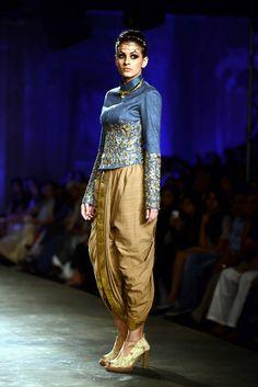 Anju Modi for Delhi Couture week 2014. https://www.facebook.com/nikhaarfashions