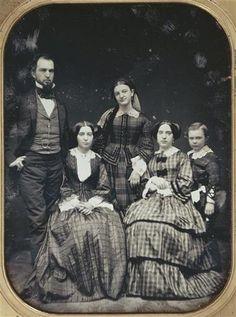 Portrait de famille, cinq personnes