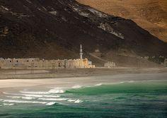 Al Mughsail beach, Oman by Eric Lafforgue Yemen Sanaa, Hole In The Sky, Naher Osten, Jordan Amman, Baghdad Iraq, Eric Lafforgue, Beautiful Places In The World, Amazing Places, United Arab Emirates