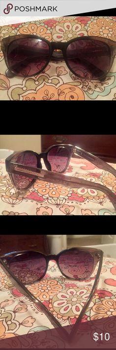 BCBG Maxazria Black Sunglasses BCBG Maxazria Black Sunglasses Great Condition only worn Once BCBGMaxAzria Accessories Sunglasses