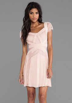 BCBGMAXAZRIA Aris Short Sleeve Dress in Barely Pink