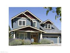 Two Story Craftsman Plan with 4 Bedrooms. House Plan The Malone is a 1943 SqFt Craftsman, and Traditional style home floor plan featuring amenities like Bonus Room, Den, Formal Dining Room, and Study by Alan Mascord Design Associates Inc. Narrow Lot House Plans, House Plans One Story, Story House, House Floor Plans, Craftsman Home Exterior, Modern Craftsman, Craftsman Style House Plans, Exterior Paint, Bungalow Exterior