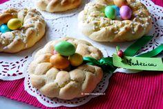 Dolci e genuine ciambelle pasquali ispirate alla tradizione e preparate #consapienza per la colazione di Pasqua o da usare come segnaposto per il pranzo.
