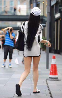 Chinese Style, Chinese Fashion, Street Photo, Asian Girl, Ballet Skirt, Sneakers Nike, Street Style, Mini, Skirts