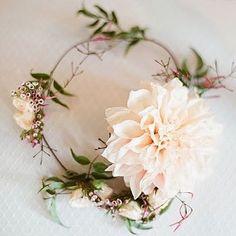 Flower crown LOVE by @katflower