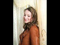 ▶ Joan Osborne - Midnight Train to Georgia - YouTube