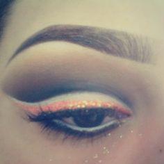 Coloured eyeliner & cut crease