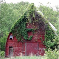 Love the looks of this Old Barn  ...
