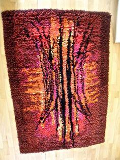 Ryijy LAHJOITAN 22€ huutohinnasta eläinsuojeluyhdistykselle - Huuto.net Rya Rug, Wool Rug, Wall Hangings, Carpet, Blanket, Rugs, Wall Tapestries, Farmhouse Rugs, Wool Rugs